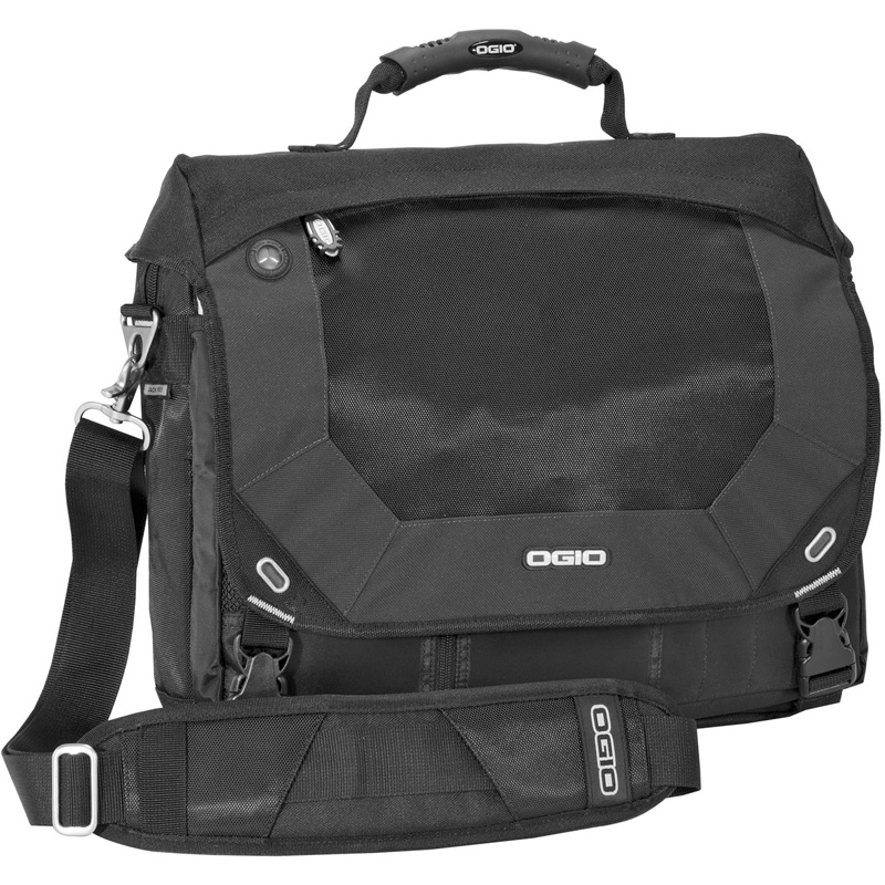 OGIO ®  - Jack Pack Messenger.  711203
