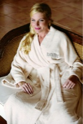Turkish Signature (TM) Eco-Friendly Bamboo Robe - Bamboo robe made from 70% bamboo/30% cotton material.